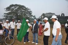 Preparation for cycle Race