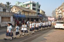School girls going to rally